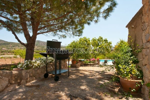 good house villa pool majorca