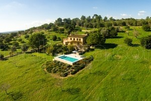 Ines:  Mediterranean country side house with pool