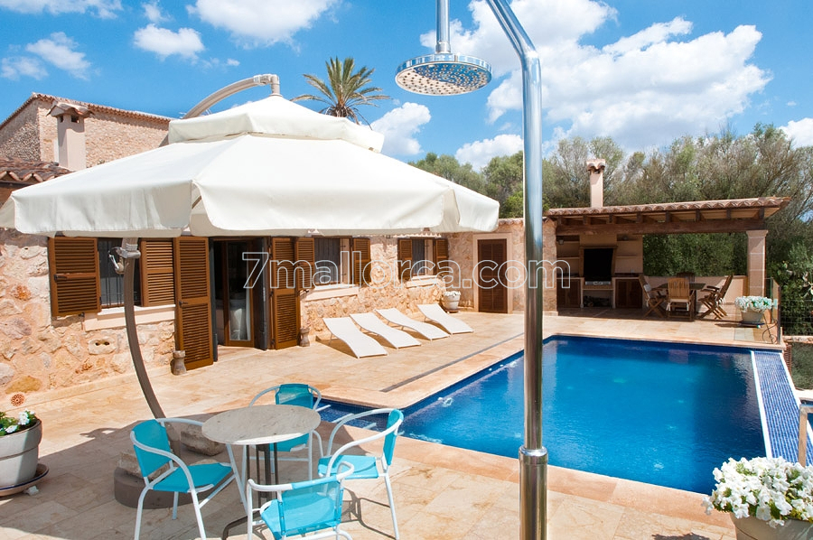 High quality holiday home for four people with private - Casa de campo mallorca ...
