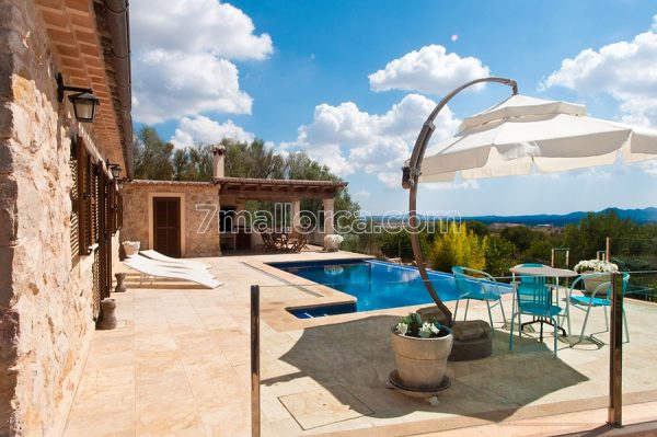 a summer rent mallorca house apartment pool holyday