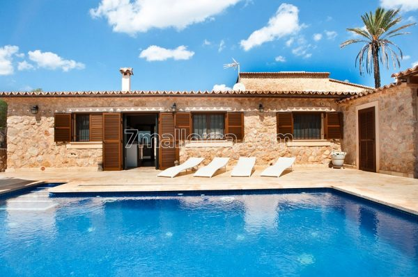 alquiler rent mallorca apartment summer holyday pool