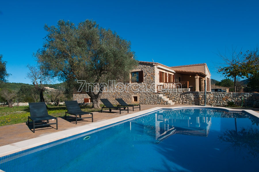 a.villa.with.pool.majorca.mallorca