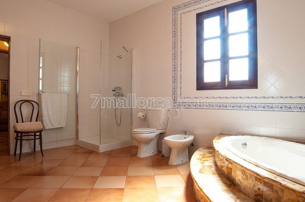 a good house to rent majorca