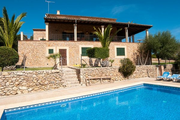 holiday home with pool, majorca