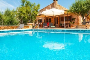 Cocotte:  Affordable country house with pool and beautiful terraces in a quiet location