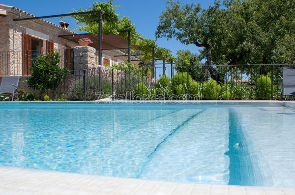 ferienfinca kind gut pool mallorca