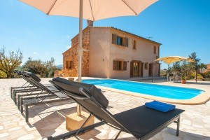 Gaspar:  Family friendly holiday home with pool at the East of Mallorca