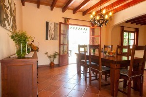Toni:  Quiet finca with pool only 2 km from the sea