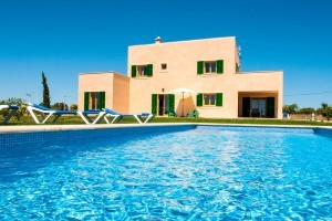 Gisela:  New holiday home with pool near Portocristo