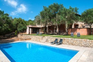 Nora:  Spacious and well kept finca, in the northeast of Mallorca