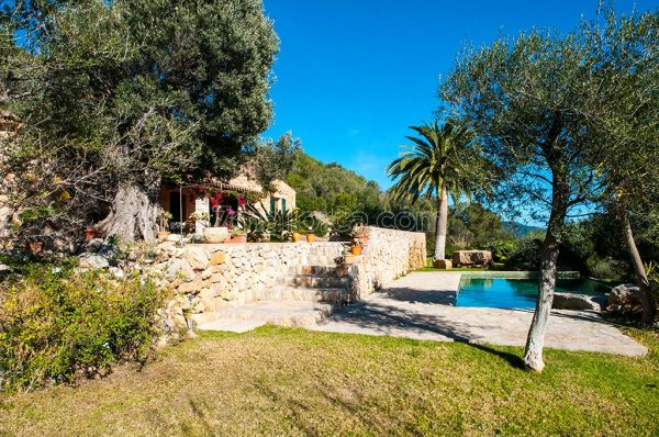 a beautiful holiday house majorca