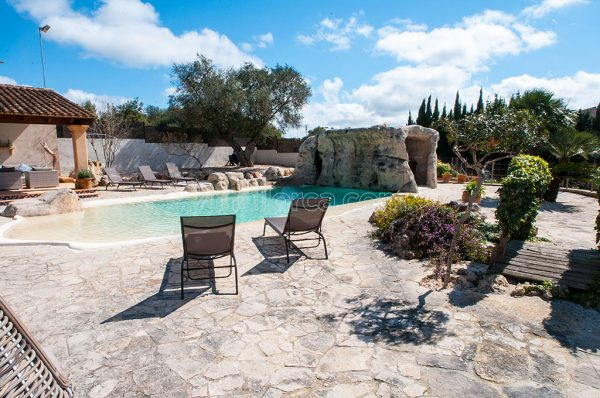 bbq and pool, majorca, nice house to rent