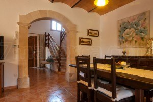 Finca Dalia:  Well maintained finca with large pool, many shadows and magnificent garden in Porto Cristo