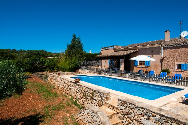holiday house majorca, with pool and WIFI