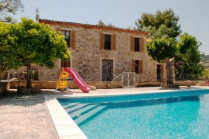Finca Manenta:  Grosse, authentische Finca mit kindersicherem Pool